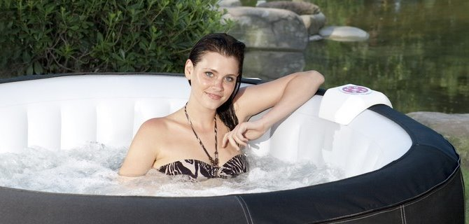 clickpool whirlpool test champions whirlpool hot pick. Black Bedroom Furniture Sets. Home Design Ideas